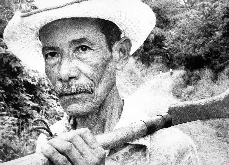 28-Retrato de campesino , Chalatenango 1988
