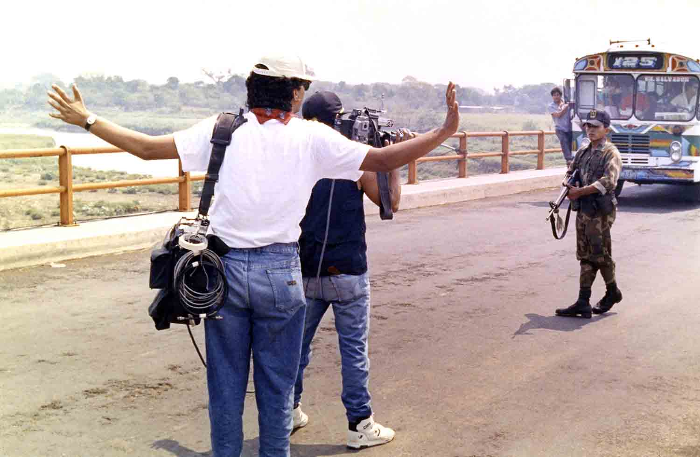 Un retén militar impidió que periodistas se desplazaran al sitio donde fue asesinado un alto comandante guerrillero